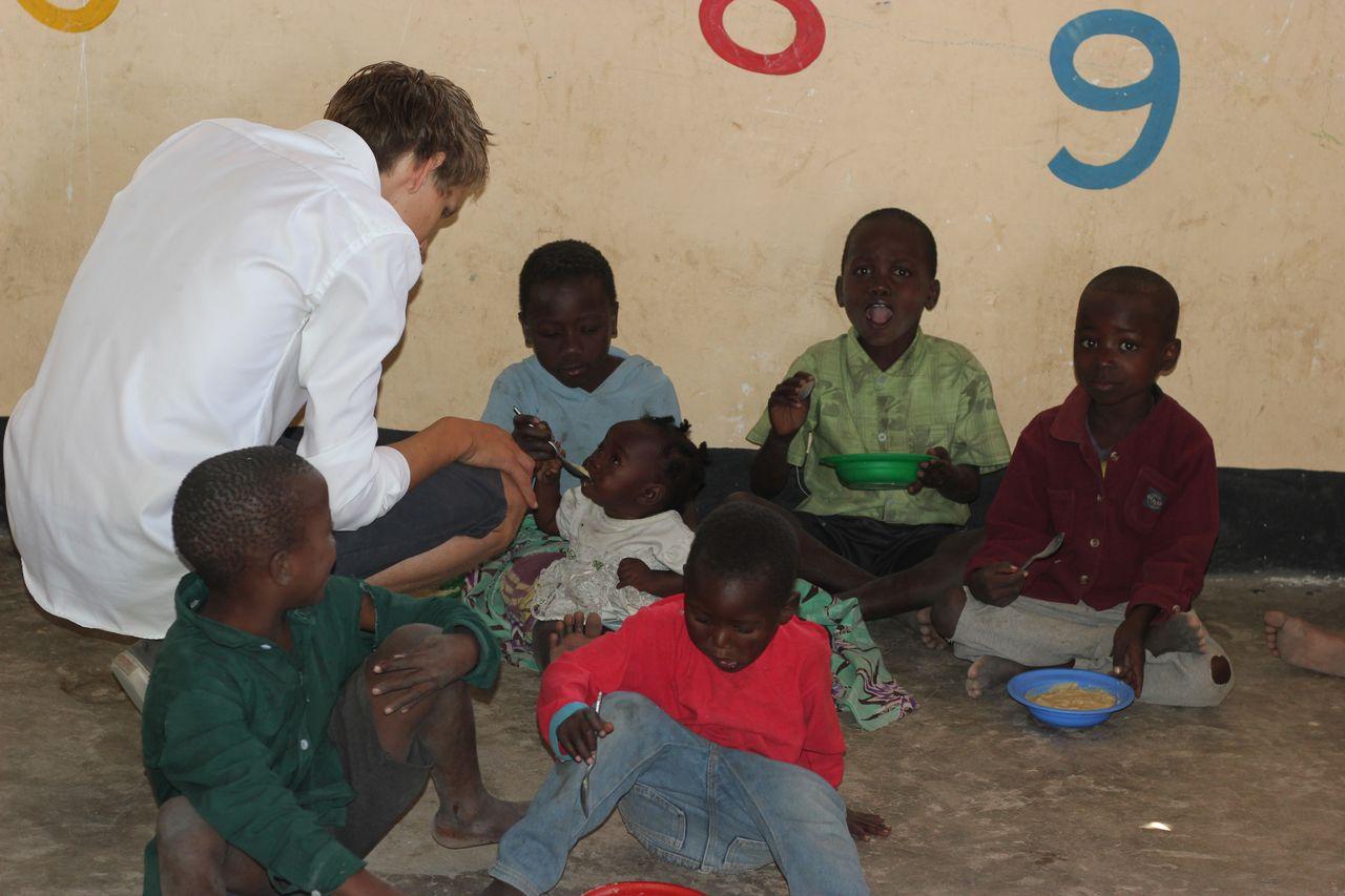 Volunteering with children 1